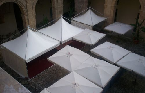 Gazebo e ombrelloni